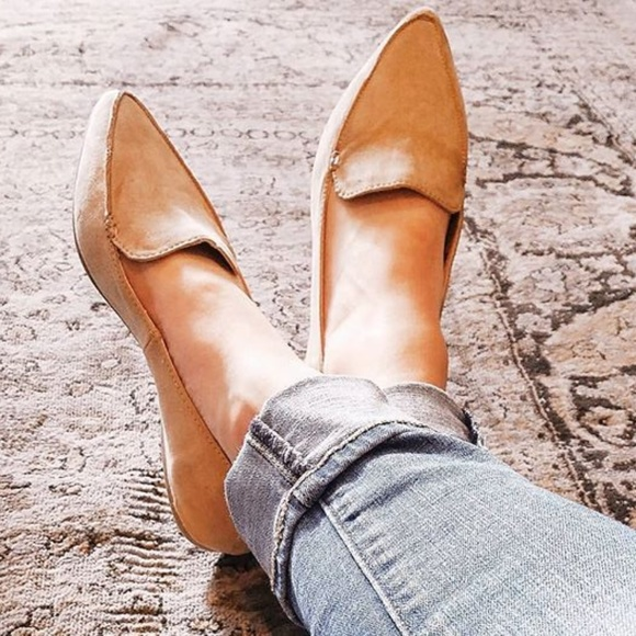 Womens Micah Pointy Toe Tan Loafers A